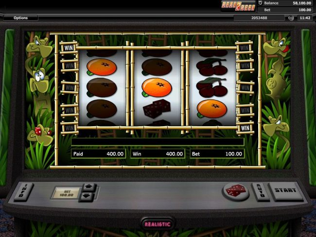 Snakes & Ladders :: Winning oranges triggers a 400 payout