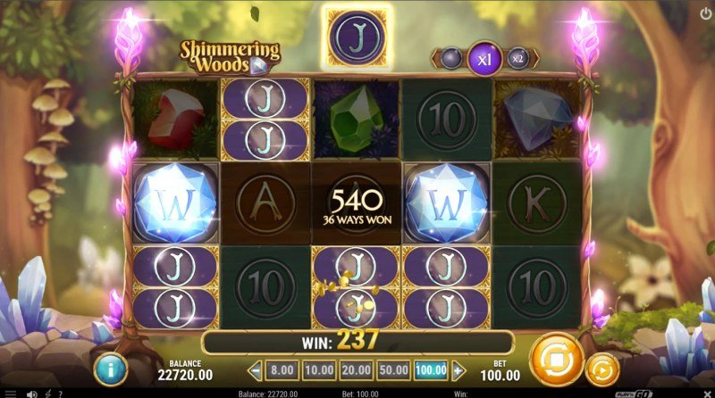 Shimmering Woods :: Multiple winning combinations