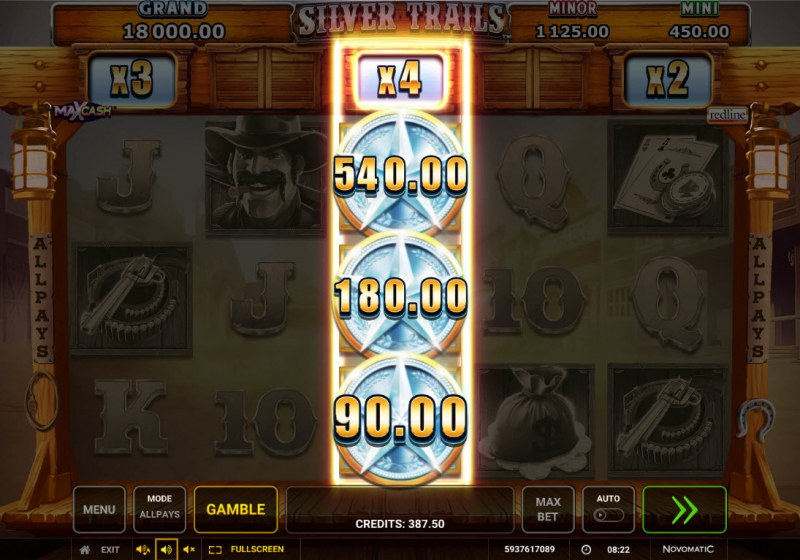 Silver Trails :: Stacked Silver Star symbols triggers a big win