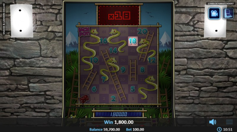 Snakes & Ladders Deluxe :: Landing on a multiplier and win
