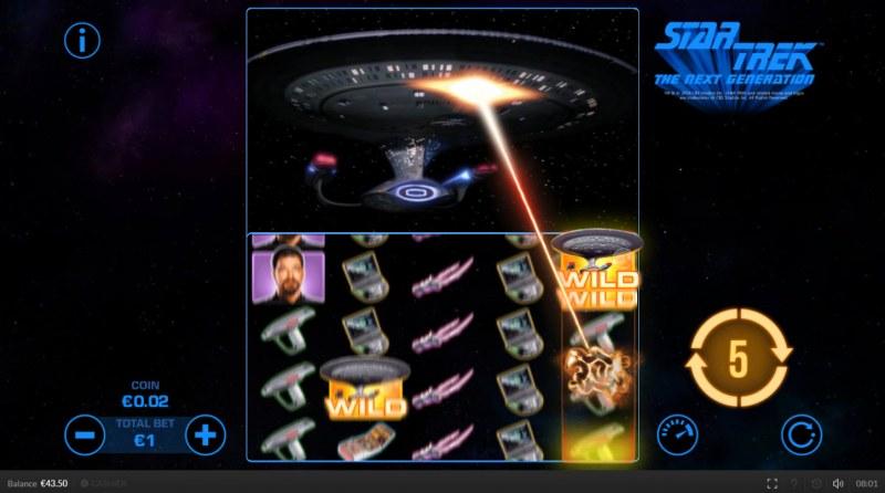 Star Trek The Next Generation :: Extra wild symbols are randomly added to the reels