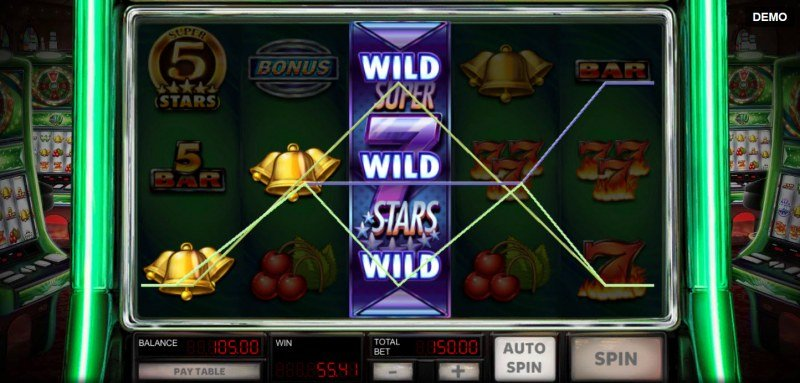 Super 10 Stars :: Stacked Super 7 Stars symbol triggers multiple winning paylines