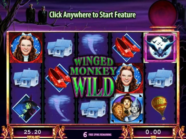 The Wizard of Oz :: Winged Monkey Wild feature triggered during the free spins feature.