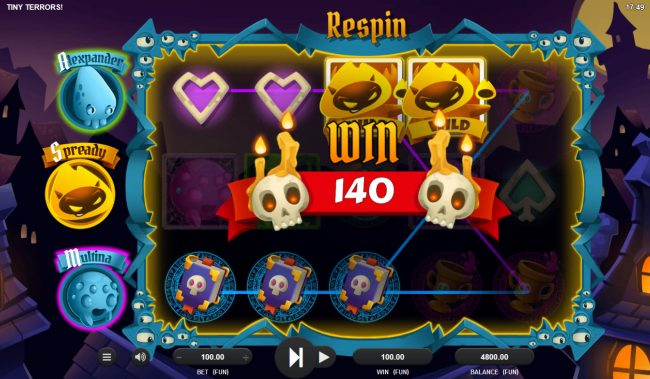 Tiny Terrors :: Respin feature leads to multiple winning paylines