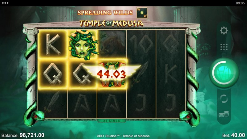 Temple of Medusa :: A three of a kind win