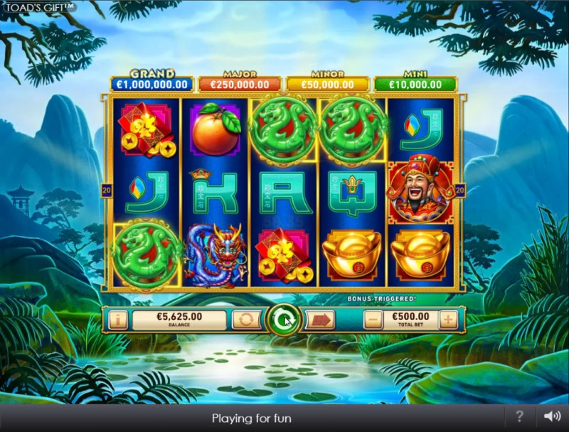 Toad's Gift :: Scatter symbols triggers the free spins bonus feature