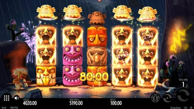 Turning Totems :: Multiple winning paylines triggers a big win during the free spins feature!