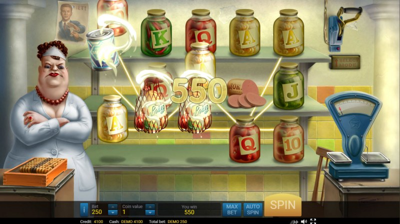 USSR Grocery :: A three of a kind win