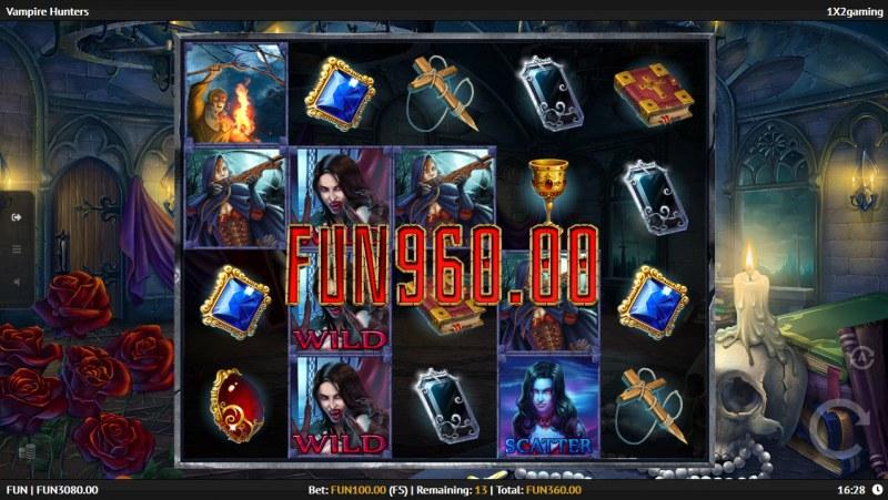 Vampire Hunters :: Multiple winning paylines